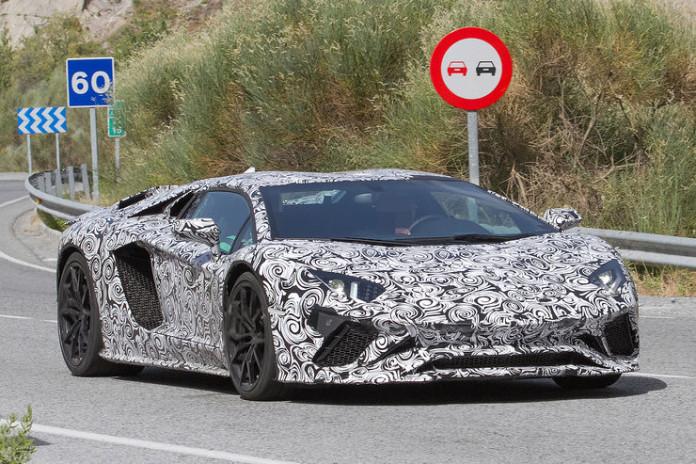Spy_Photos_Lamborghini_Aventador_facelift_05