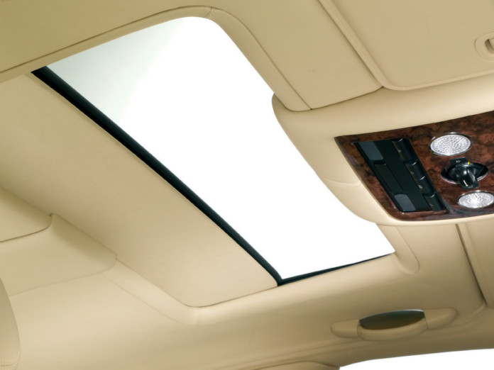 2005-Bentley-Continental-Flying-Spur-Sunroof-1280x960