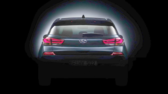 2017-hyundai-i30-teaser-modified (1)