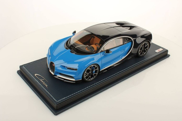 Bugatti Chiron miniature by MR Collection (1)