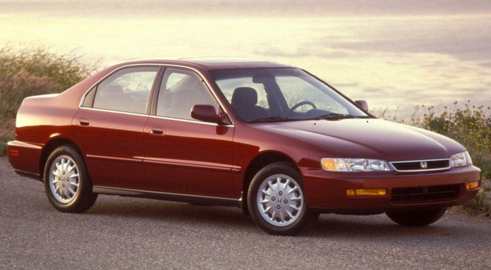 Honda-Accord_Sedan-1996-hd