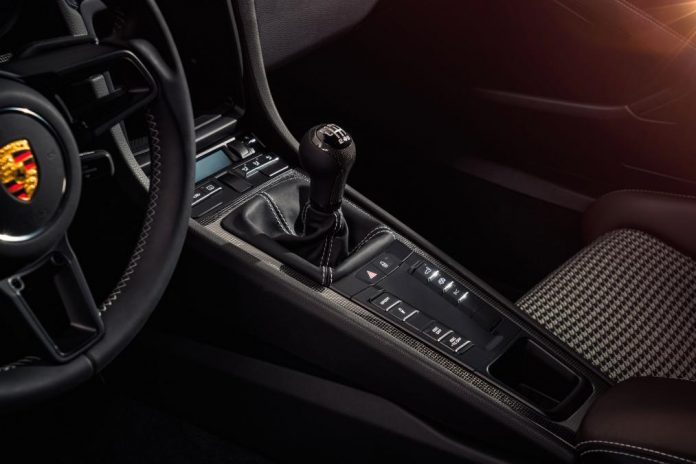 911-r manual gearbox
