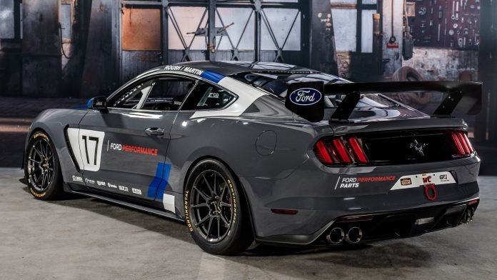 ford-mustang-gt4-3