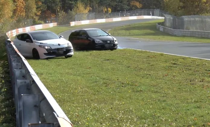 honda-civic-and-renault-megane-rs
