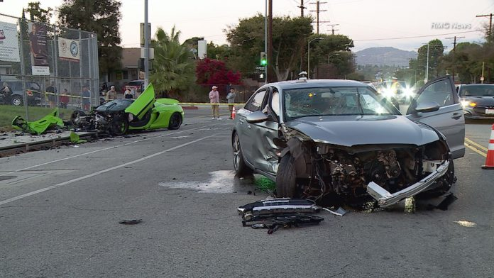 mclaren-650s-spider-crash-2