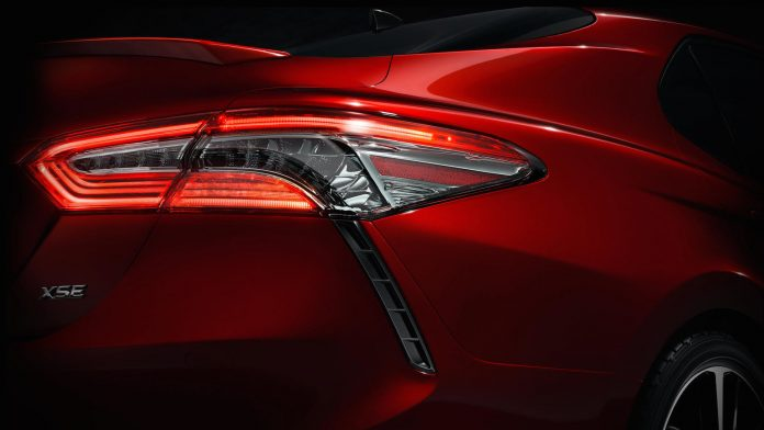 2018_toyota_camry_teaser