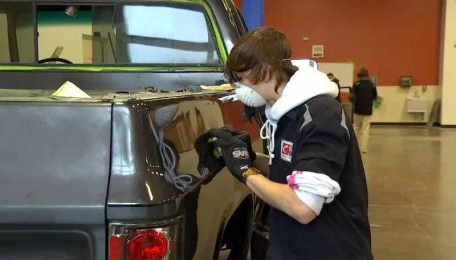 Or Auto Body Repair Program Receives 250000 Donation