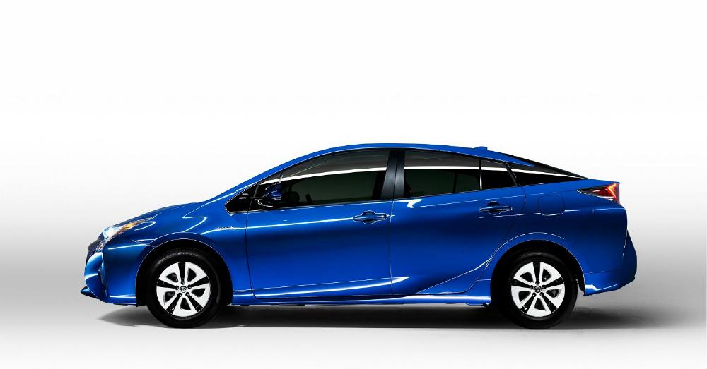 2016 Blue Toyota prius