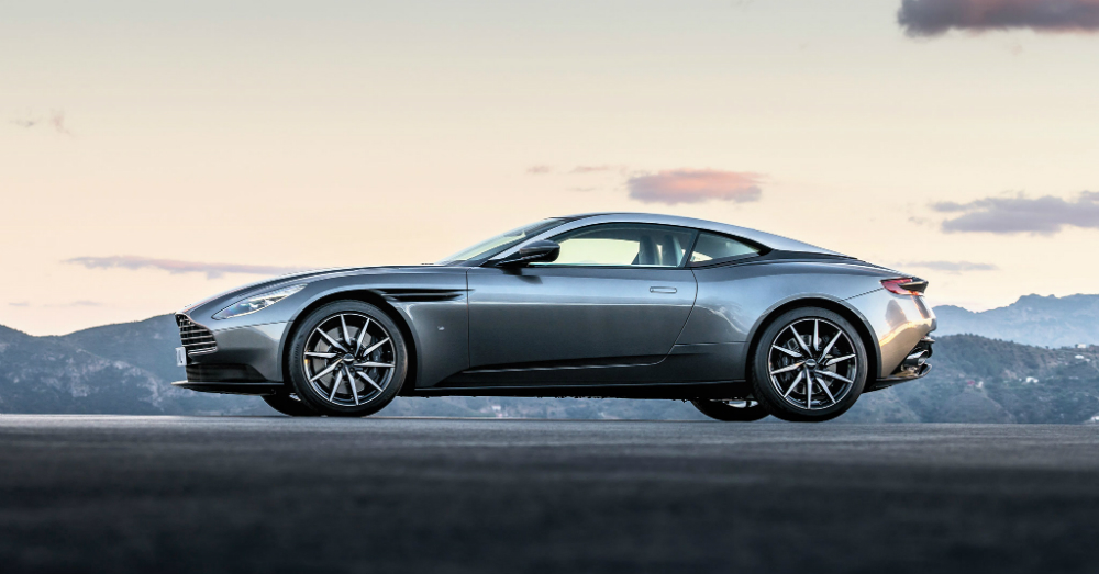 03.12.16 - 2017 Aston Martin DB11