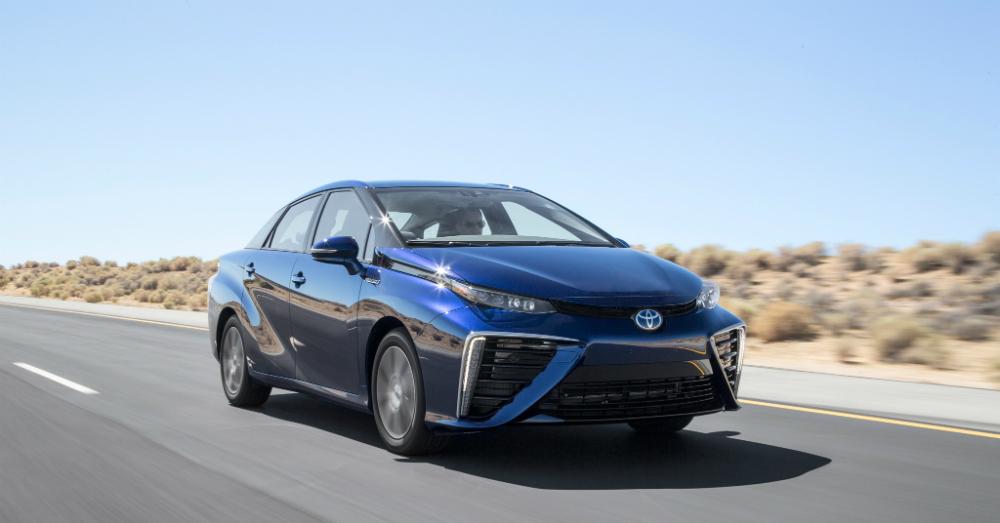 12.08.16 - Toyota Mirai