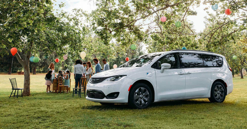 Minivan - Find Your New Chrysler Pacifica Today