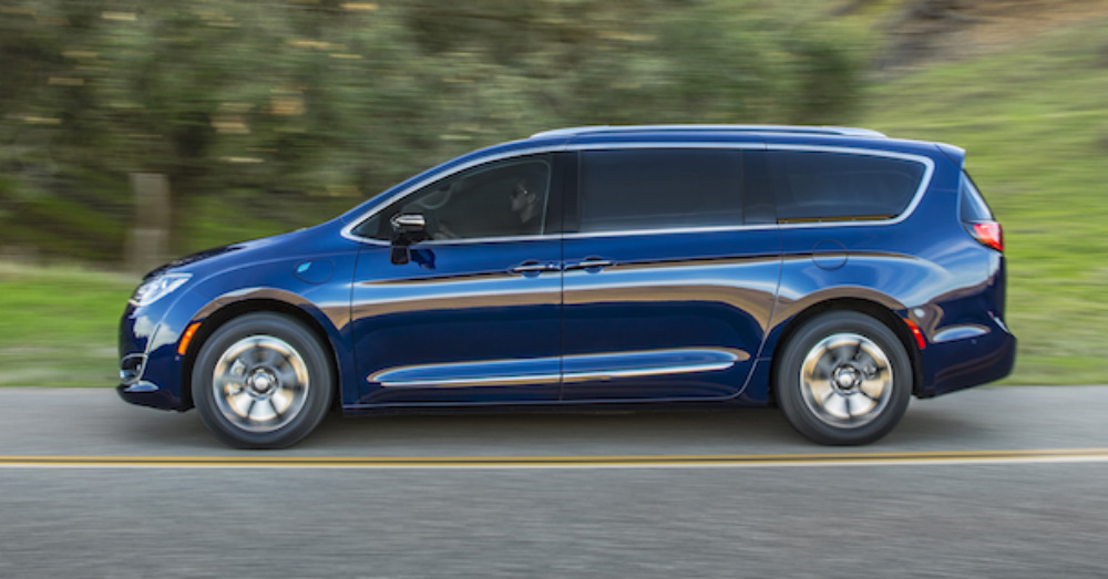 2020 Chrysler - Your Family will Admire the Pacifica