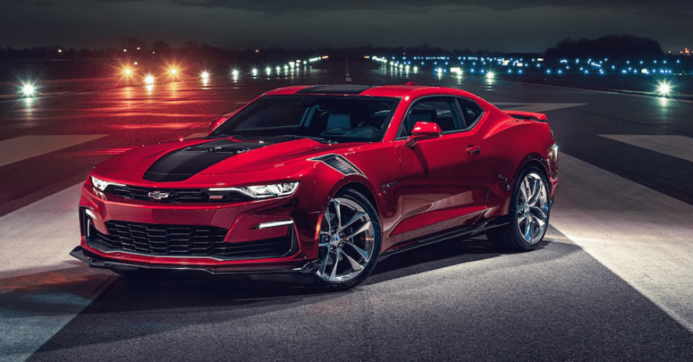Muscle Car Comparison: Chevrolet Camaro vs Ford Mustang