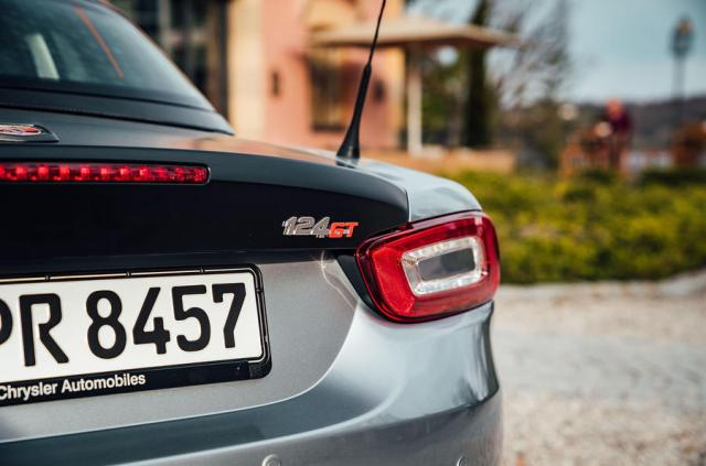 Abarth 124 GT review 2018 rear lights