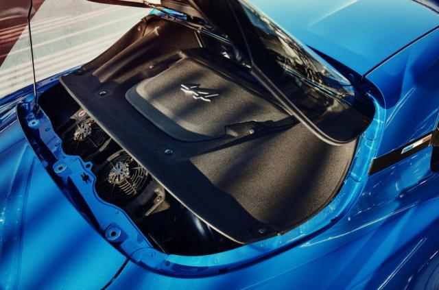 Alpine A110 boot space