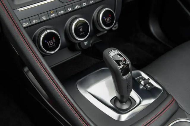 Jaguar E-Pace D180 automatic gearbox