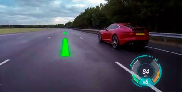 Jaguar transforma el parabrisas en una pantalla de información