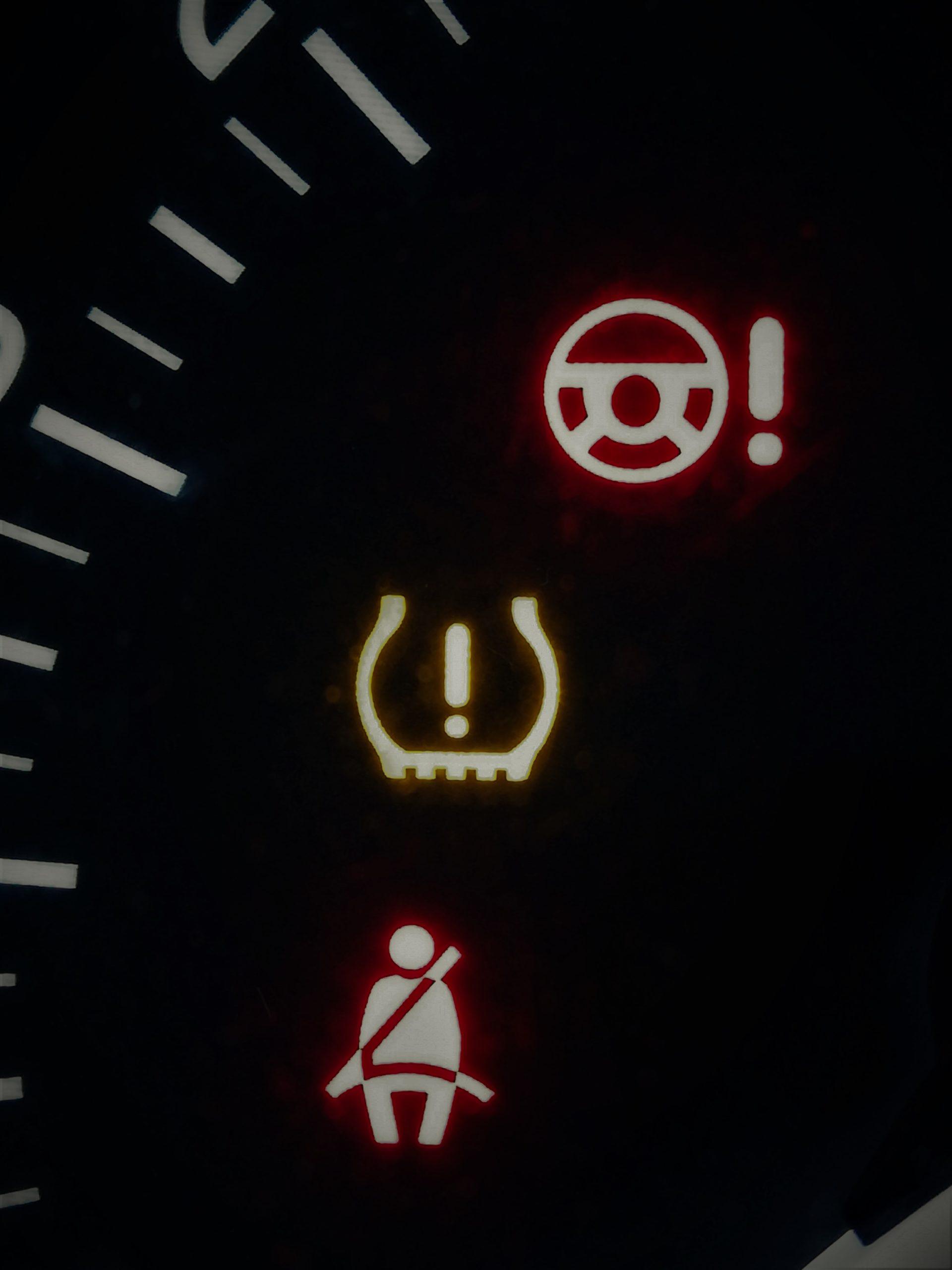 spia pressione pneumatici