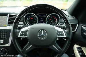2013 ML 350 CDI steering wheel