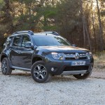 2014 Renault Duster Facelift front three quarters