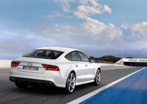 2014 Audi RS7 rear three quarters