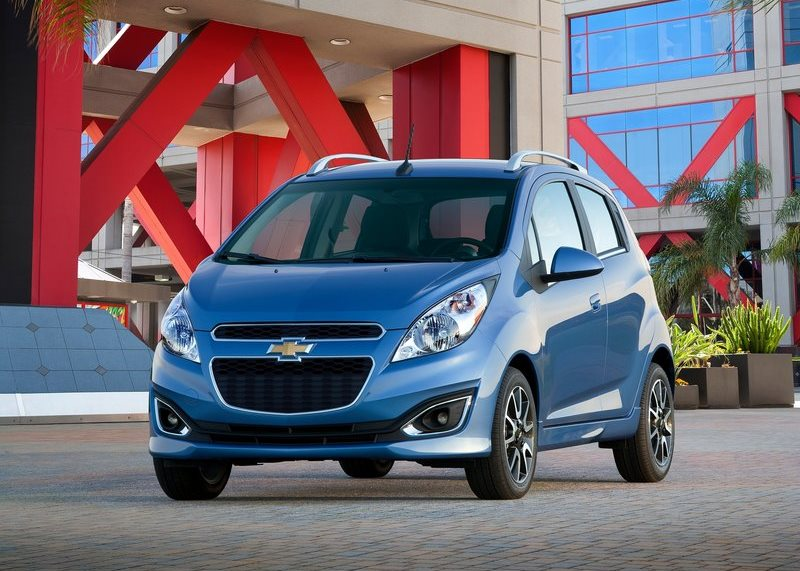 2014 Chevrolet Beat front three quarters