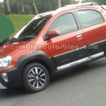 Toyota Etios Cross Spotted in India : Launch expected at Autoexpo