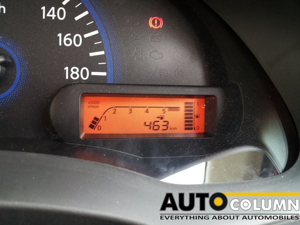 Digital fuel computer showing distance to empty. Good for those who like to watch their fuel consumption