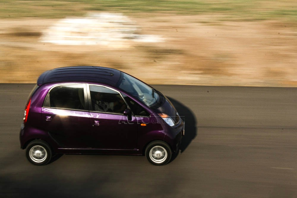2014 Tata Nano twist in action