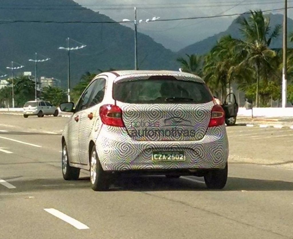 2015 Ford Figo rear spyshot