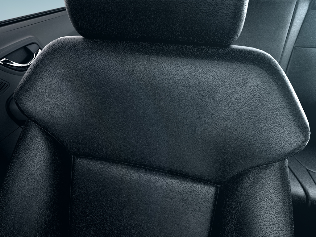 Tata-Bolt-sporty-Seats