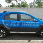 Toyota Etios Cross starts arriving at the dealers, Launch around  the corner