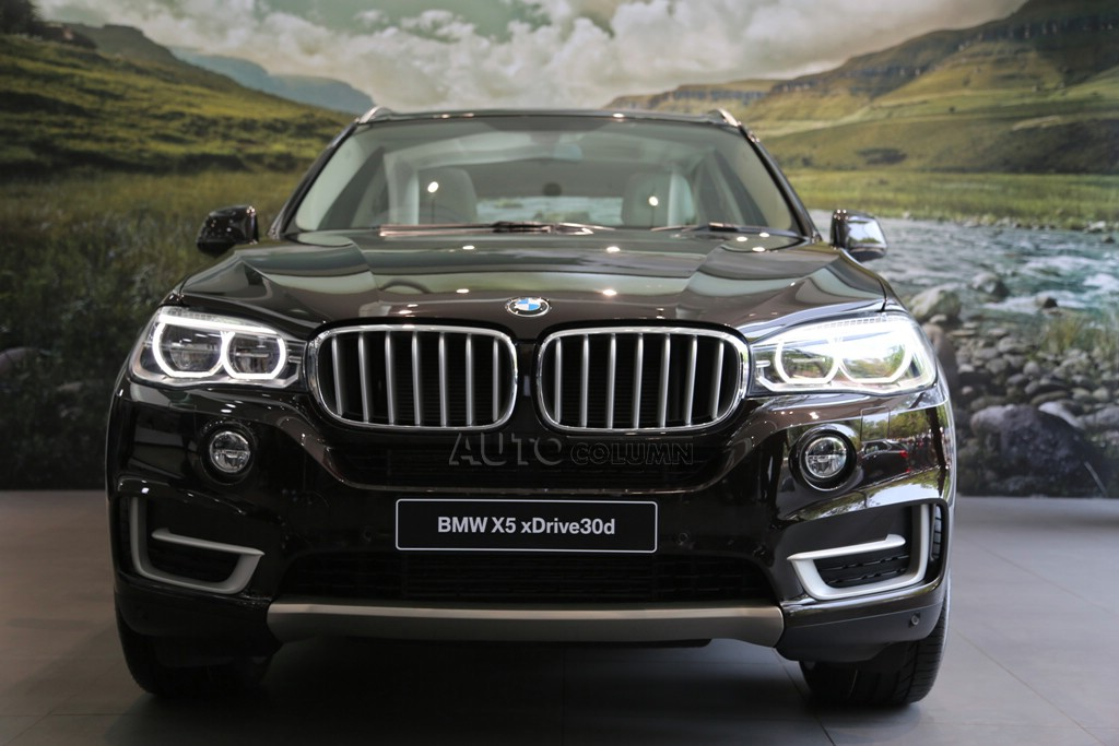 2014 BMW X5 front