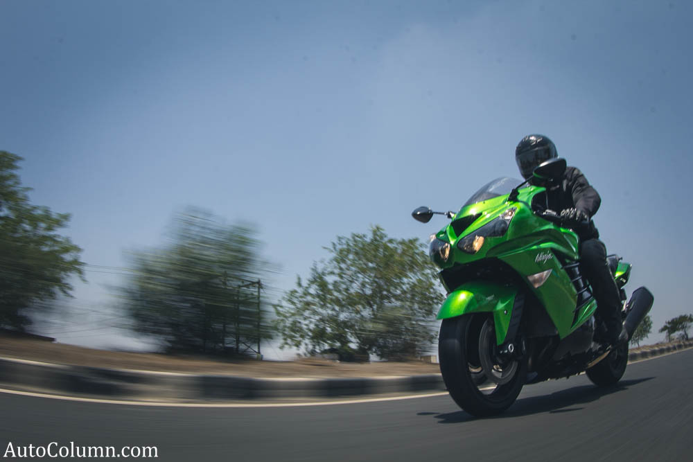 2014-Kawasaki-Ninja-test-ride