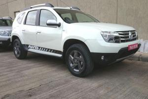 2014 Renault Duster AWD profile