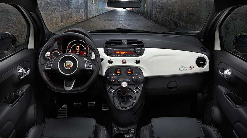 2014 fiat abarth 500 interior