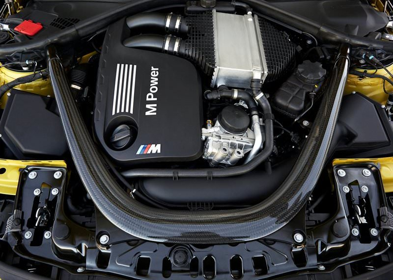 2015 BMW M4 coupe engine