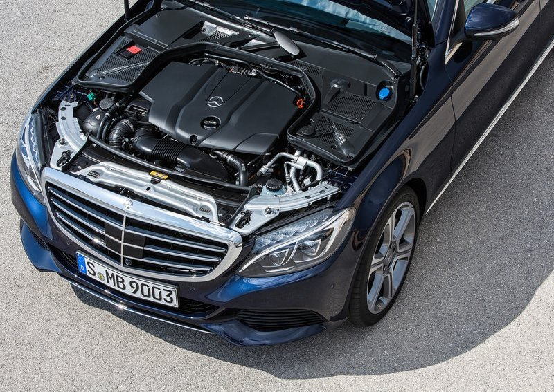 2015 Mercedes Benz C Class engine