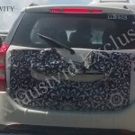 Mahindra XUV 500 Facelift Spied  Testing