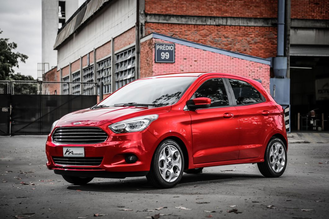 2015 Ford Figo front three quarters