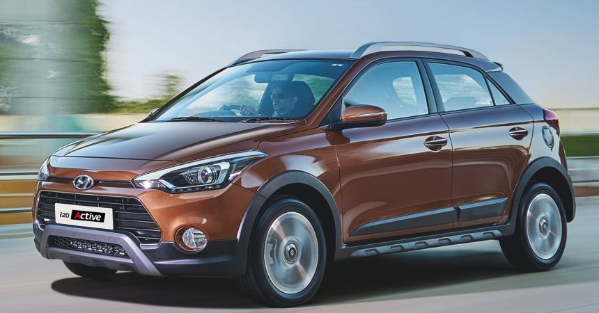 2015 Hyundai i20 Active front three quarters