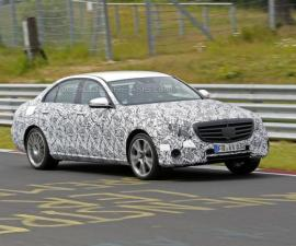 2016-Mercedes E-Class At Nürburgring