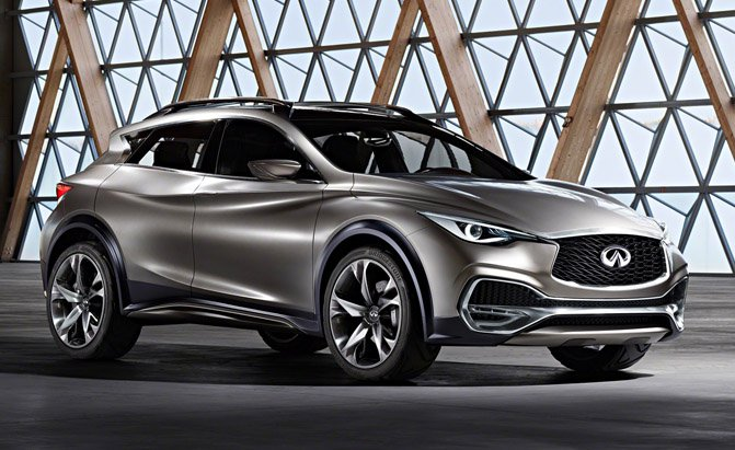 Infiniti Q30 front three quarters