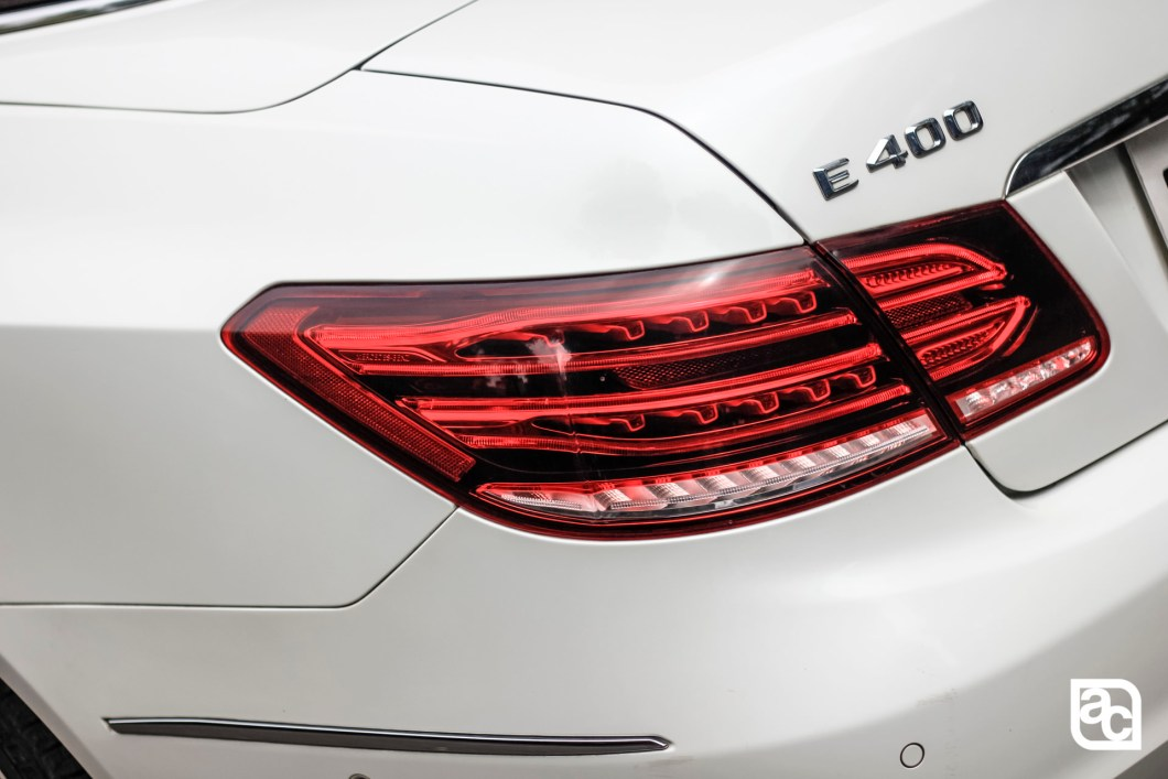 2015 Mercedes Benz E400 tail light