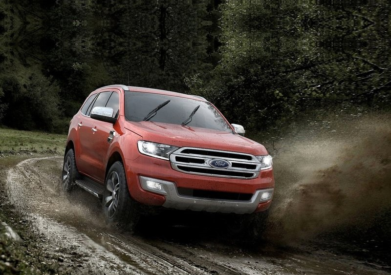Ford-Endeavour_2015