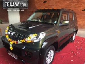 anand-tuv300