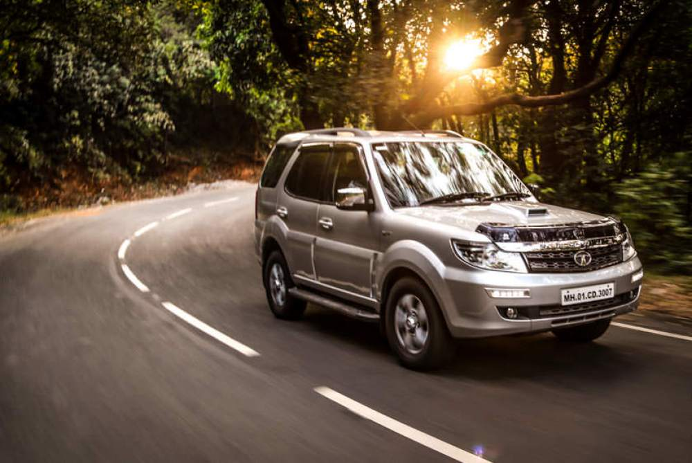 2016-safari-storme-400-varicor-front