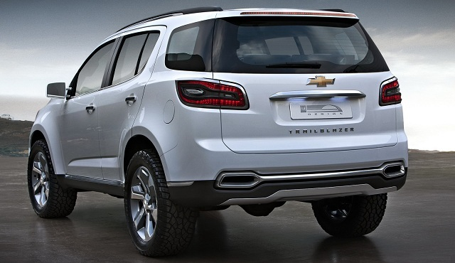 2016-chevrolet-trailblazer-premier-show-car-exterior-rear