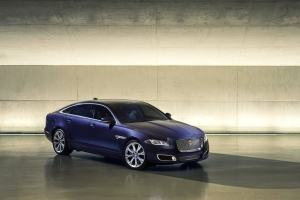 2016 Jaguar XJ L Front