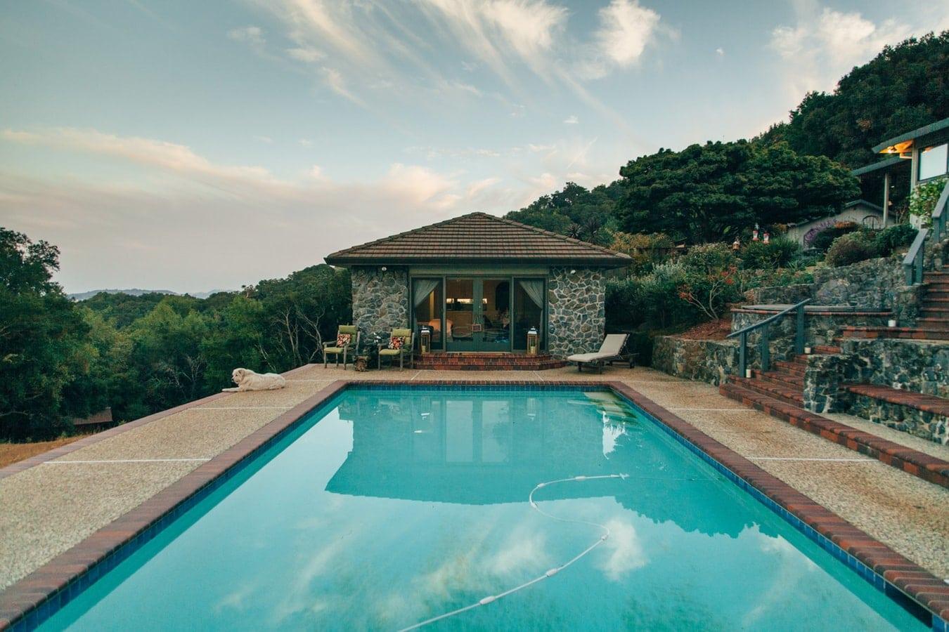 construire sa piscine soi